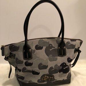 Dooney & bourke womens jacquard fabric pocketbook
